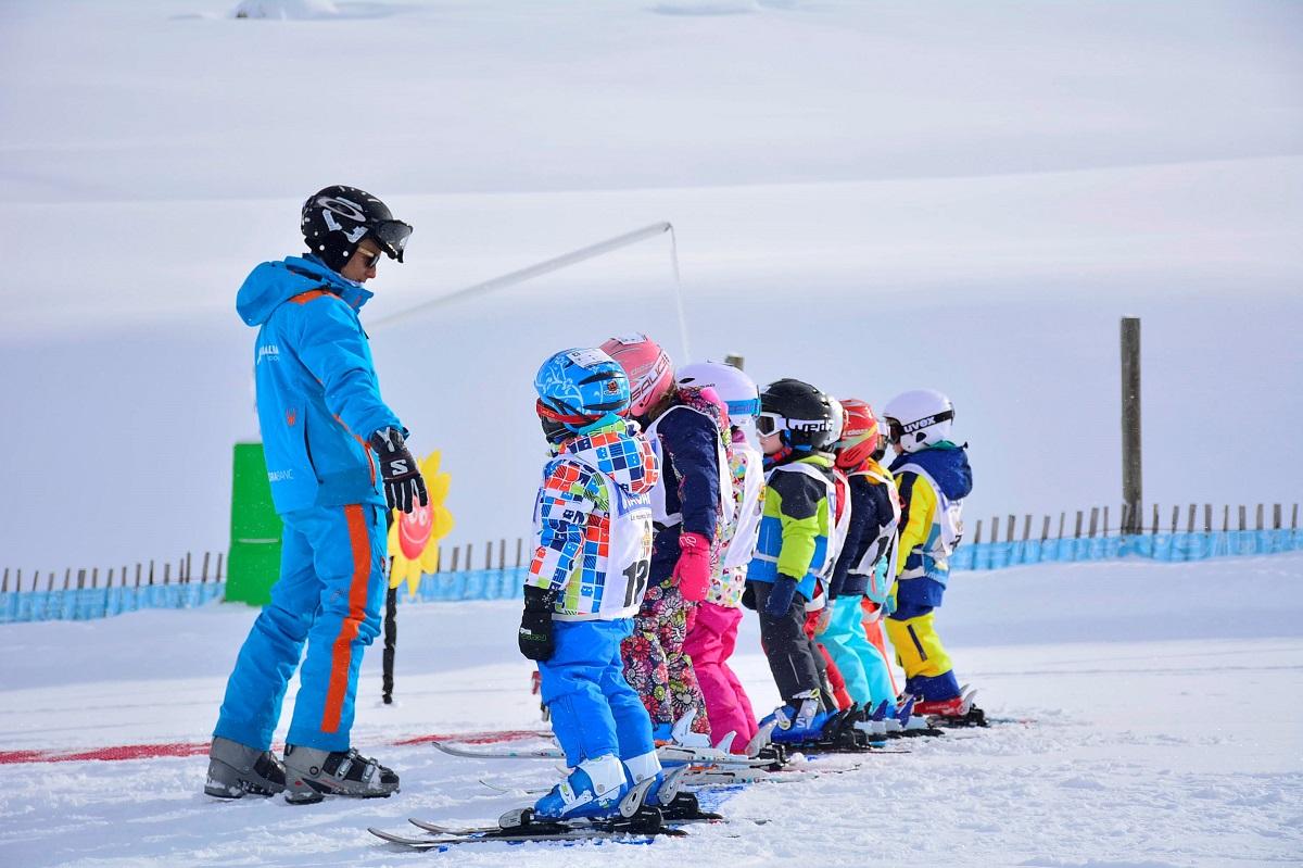 Ana Paula Fernández Santacruz Ruiz grandvalira - snow garden 4 days - ski - full day - from 3