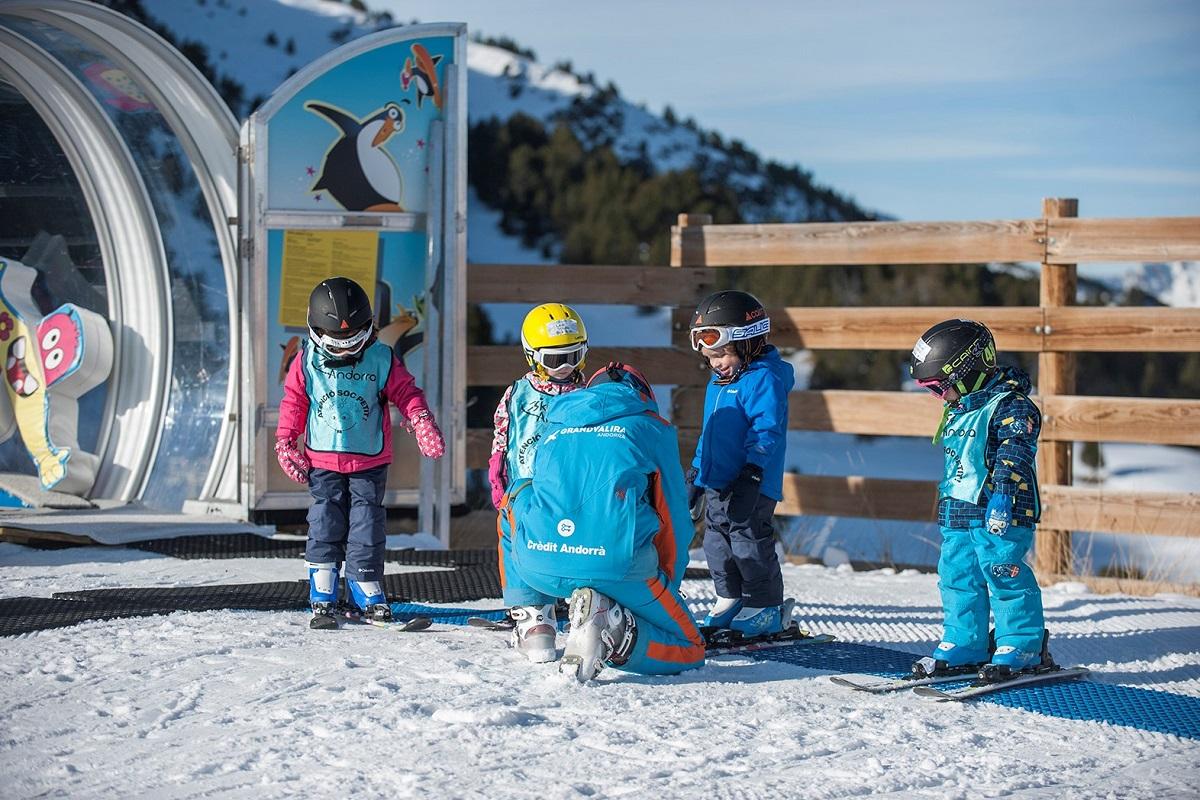 Ana Paula Fernández Santacruz Ruiz grandvalira - snow garden 5 days - ski - full day - from 3